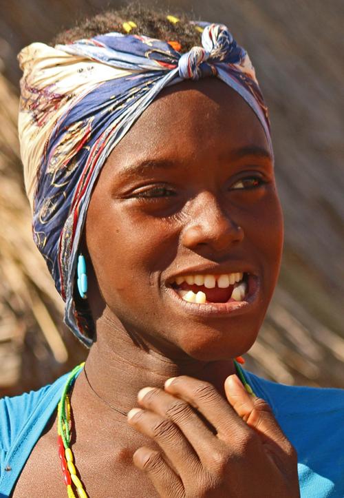 Dimba woman, Angola